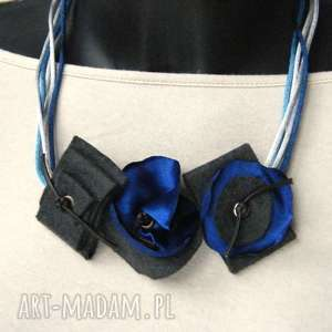 naszyjniki naszyjnik z granatowymi kwiatami, z-kwiatami, z-materiału, wygodny, lekki