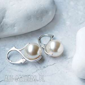 srebrne kolczyki z perłami swarovski - ponadczasowa klasyka na prezent, srebro