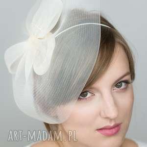 dama ecru, fascynator, toczek, ślub ozdoby do włosów, wyjątkowy prezent