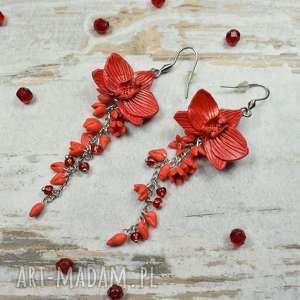 długie, czerwone kolczyki z kwiatami orchidei, długie kolczyki, eleganckie
