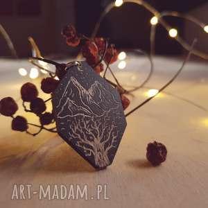 handmade naszyjniki drewniany wisior grawerowany, moonlight minimalist art