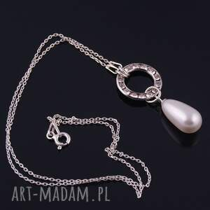 Wisiorek z białą perłą - Handmade