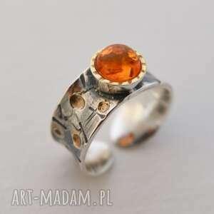 pierścionek srebrny z bursztynem, pierścionek