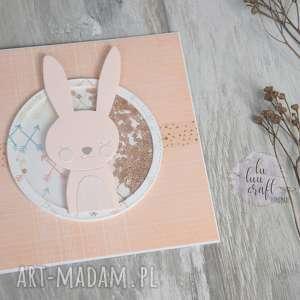 kartka z shaker boxem, kartka-urodzinowa, grzechotka, urodziny, życzenia