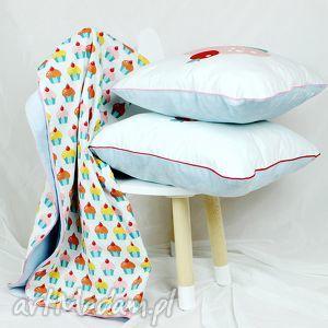 zestaw kocyk poduszki muffinki - kocyk, poduszka, minky, muffinki, dziewczynka, dziecko