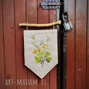 dekoracje ozdobna zawieszka pszczółki, proporczyk, len, haft, pszczółka