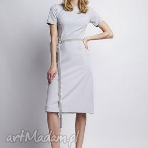 sukienka, suk128 szary, szara, romantyczna, midi, prosta, pasek, taliowana, wyjątkowe