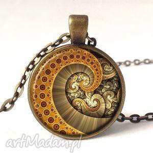 ośmiornica - medalion z łańcuszkiem - beżowe naszyjniki