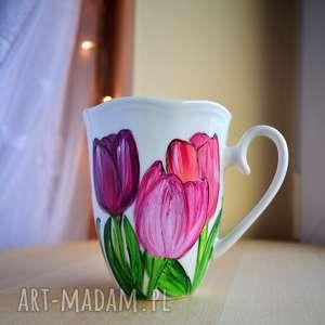 Kubek tulipany dla niej ręcznie malowany kubki ciepliki kobiety