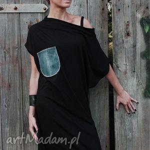 z jeansowa kieszenią-sukienka - wymyslan, klasyczna, tuszujaca, oryginalna, midi