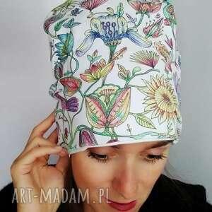 wyjątkowy prezent, czapka etno, paysley, boty, folk, folklor, ilustracja