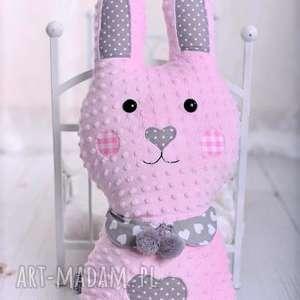 poduszka dziecięca królik z kołnierzykiem, królik-hand-made, pomysł-na-prezent