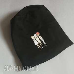 Czapka damska czarna z dziewczynkami czapki ruda klara czapka