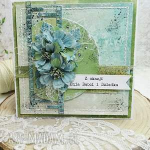 hand-made scrapbooking kartki dla babci i dziadka - kartka w pudełku