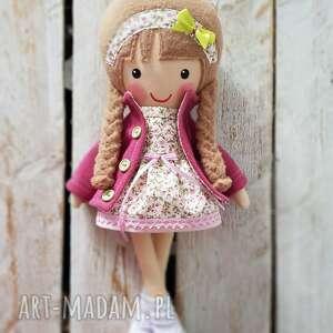 wyjątkowy prezent, malowana lala malwinka, lalka, przytulanka, niespodzianka