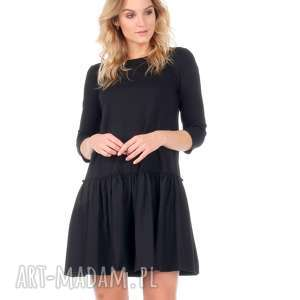 Sukienka z falbaną czarna., sukienka, rozkloszowana, falbana, lalu, dzianina, bawełna