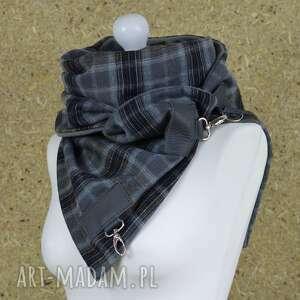 szaliki męski szal w kratkę ze skórą i metalowymi karabińczykami - stylowy