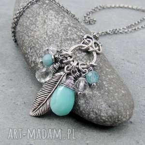 Na skrzydłach wolności, boho, piórko, pastelowy, wiszący, romantyczny, srebro