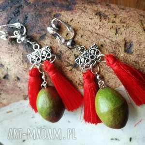 ręczne wykonanie klipsy mango lekkie pompony boho orient