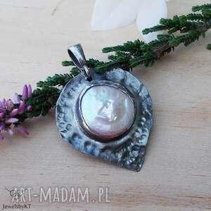 Perła w graficie - wisior wisiorki jewelsbykt srebrna biżuteria