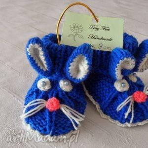 ręczne wykonanie buciki niemowlęce - króliczki