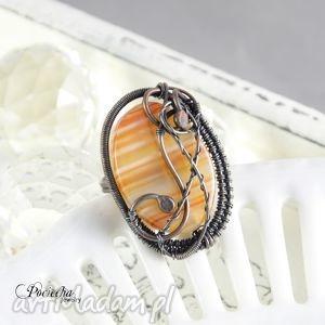 rubeus - duży pierścionek z agatem pasiastym