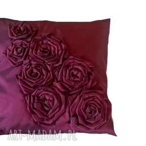 poduszka z tafty różami w kolorze fioletu, róże, poduszka, tafta