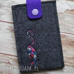 filcowe etui na telefon z haftem - łaciaty kot, etui, telefon, haftowane
