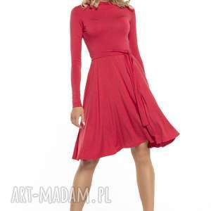 Zwiewna sukienka z miłej w dotyku dzianiny wiskozowej, T148, czerwony, zwiewna