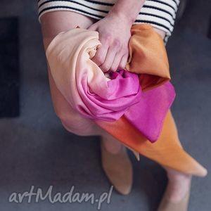 Zwiewny jedwabny dwukolorowy szal chusta Fuksja, cieniowane, farbowane, duże