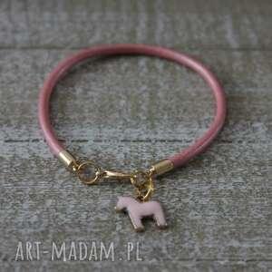 różowa bransoletka skóra konik, skóra, bransoletka, różowy, skórzana, prezent