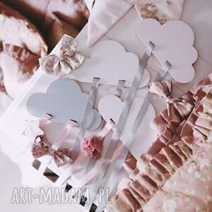 handmade pokoik dziecka drewniany organizer na spinki różowa chmurka