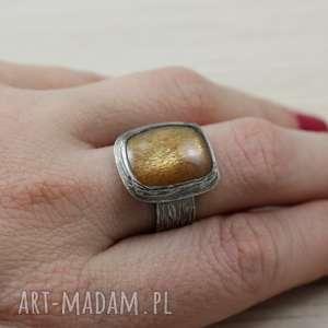 Złocisty kamień księżycowy i srebro - pierścionek 2733 , kamień-księżycowy