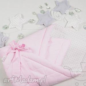 rożek niemowlęcy becik otulacz pikowany pastelowy róż - rożek