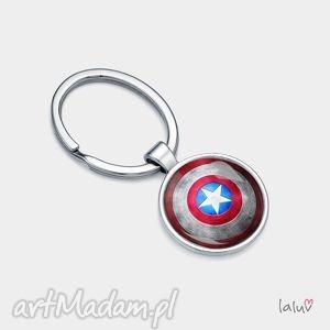 brelok do kluczy kapitan ameryka, superbohater, gwiazda, marvel, avengers, komiks