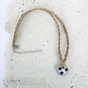 lniany naszyjnik z ceramiczną zawieszką, biżuteria lniana