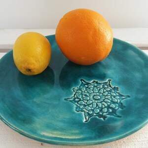 turkus z koronką - dekoracyjny talerz