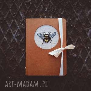 notes pszczółka, noteszhaftem, noteseko, haft, insekt, notespszczółka