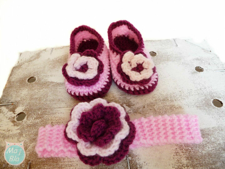 ręcznie robione buciki komplet z dużym kwiatuszkiem