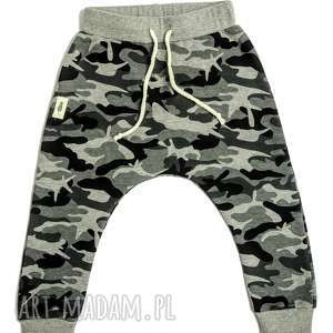 Spodnie MORO baggy, spodnie, moro, wiosna, spacer, dziecko, baggy