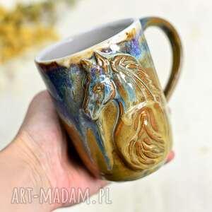 ręcznie wykonane ceramika handmade ceramiczny kubek z koniem - opal 500