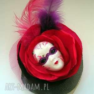 Broszka z Kolekcji Masquerade - Pierzasta III, pióra, maska, kwiat, broszka, tiul