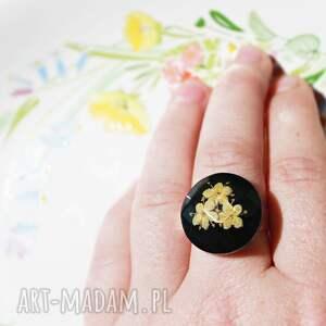cardmaking dream big regulowany pierścionek z kwiatami czarnego bzu, pierścień