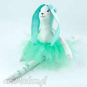 króliczek mili, królik, maskotka, przytulanka, mięta, pluszak, baletnica dla dziecka