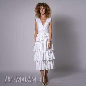 sukienki carmelita - suknia ślubna, falbany, draperie, marszczenia