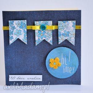 kartka urodzinowa z proporczykami - urodziny, proporczyk, błękit, niezapominajka