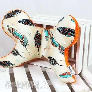 Motylek - poduszka antywstrząsowa Pióra Orange , motylek, antywstrząsowa,