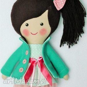 malowana lala klaudia, lalka, zabawka, przytulanka, prezent, niespodzianka, dziecko