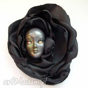 broszka z kolekcji masquerade - asymetryczna, broszka, maska, wenecka