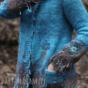 Niebieski sweterek z haftem swetry kozaczka folk, sweter